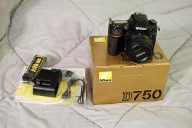 SELLING: Canon 5D III badge / badge II / 5D badge IV / 7D badg
